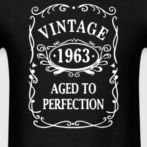 VINTAGE 1990 to 2000 years AGED TO PERFECTION - Men's T-Shirt