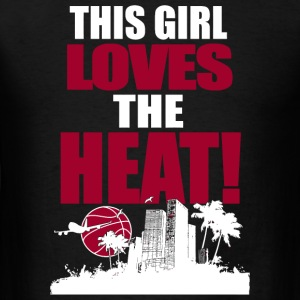 Volleyball - THIS GIRL LOVES THE HEAT - Men's T-Shirt
