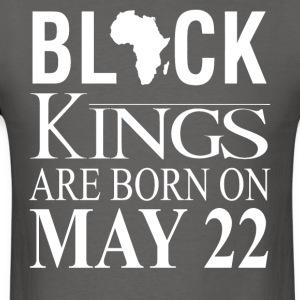 Black kings born on May 22 - Men's T-Shirt