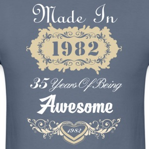 Made in 1982 35 years of being awesome - Men's T-Shirt