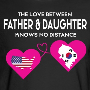 The Love Between Father & Daughter T Shirt - Men's Long Sleeve T-Shirt