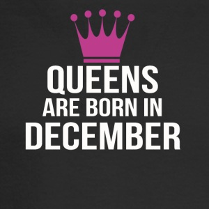 queens are born in december - Men's Long Sleeve T-Shirt