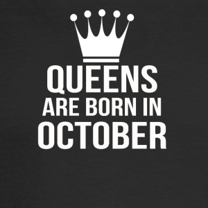 queens are born in october - Men's Long Sleeve T-Shirt