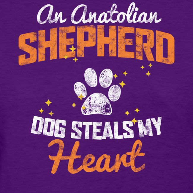 AN ANATOLIAN SHEPHERD DOG STEALS MY HEART