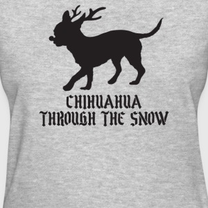 Chihuahua goes through the snow - Women's T-Shirt
