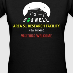 NEW WELCOME AREA 51 - Women's V-Neck T-Shirt