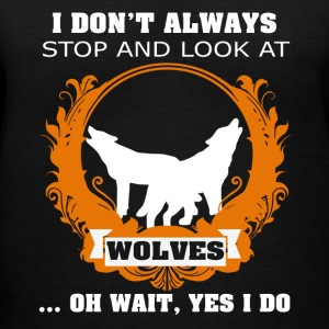 LOOK AT WOLVES SHIRTS - Women's V-Neck T-Shirt