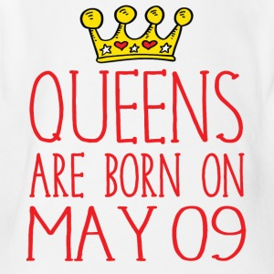 Queens are born on May 09 - Short Sleeve Baby Bodysuit