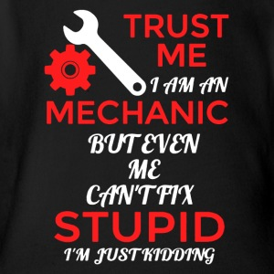 Mechanic Can't Fix Stupid Shirt - Short Sleeve Baby Bodysuit