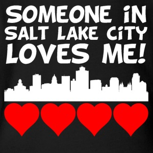 Someone In Salt Lake City Utah Loves Me - Short Sleeve Baby Bodysuit