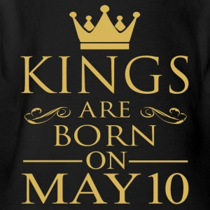 Kings are born on May 10 - Short Sleeve Baby Bodysuit