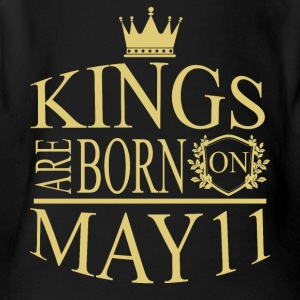 Kings are born on May 11 - Short Sleeve Baby Bodysuit