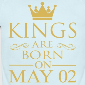 Kings are born on May 02 - Short Sleeve Baby Bodysuit