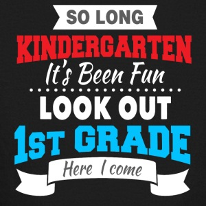STRAIGHT OUTTA KINDERGARTEN - Kids' Long Sleeve T-Shirt