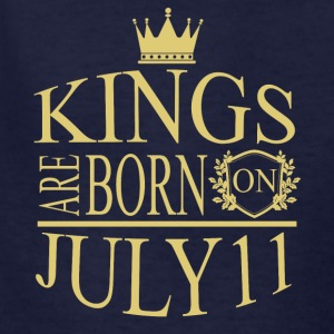 Kings are born on July 11 - Kids' T-Shirt