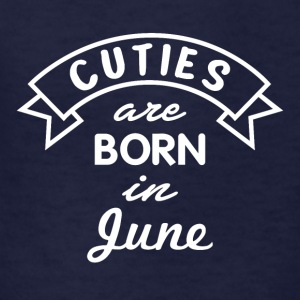 Cuties are born in June - Kids' T-Shirt