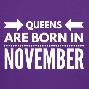 Queens Born November - Crewneck Sweatshirt