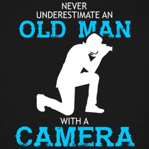 Old Man With A Camera Photorgrapher T Shirt - Men's Tall T-Shirt