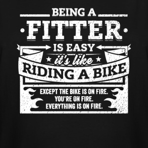 Fitter Shirt: Being A Fitter Is Easy - Men's Tall T-Shirt