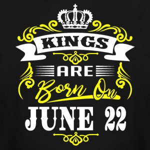 Kings are born on JUNE 22 - Men's Tall T-Shirt