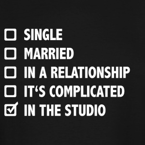 Relationship Status: In The Studio - Men's Tall T-Shirt