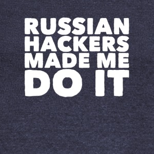 Russian hackers made me do it - Women's Wideneck Sweatshirt