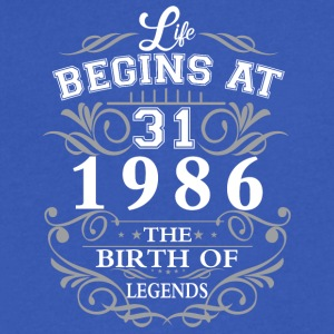 Life begins at 31 1986 The birth of legends - Men's V-Neck T-Shirt by Canvas