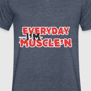 Everyday I'm muscle'n - Men's V-Neck T-Shirt by Canvas