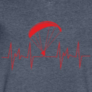 heartbeat paragliding - Men's V-Neck T-Shirt by Canvas