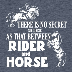 Secret between Horse and rider - Men's V-Neck T-Shirt by Canvas