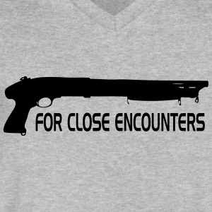 Close encounters - Men's V-Neck T-Shirt by Canvas