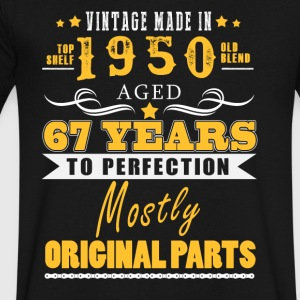Vintage made in 1950 - 67 years to perfection (v.2017) - Men's V-Neck T-Shirt by Canvas
