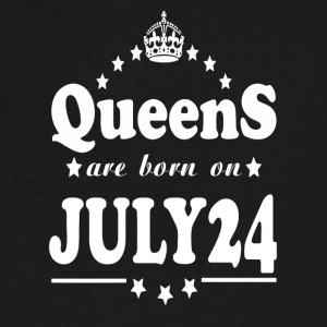 Queens are born on July 24 - Men's V-Neck T-Shirt by Canvas