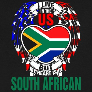 I Live In The Us But My Heart Is In South African - Men's V-Neck T-Shirt by Canvas