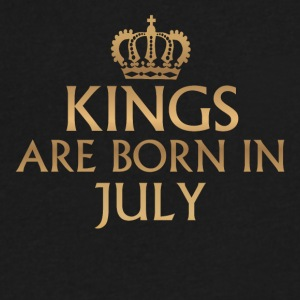 Kings are born in July - Men's V-Neck T-Shirt by Canvas
