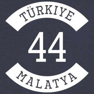 turkiye 44 - Men's V-Neck T-Shirt by Canvas