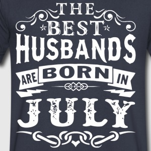 The best husbands are born in July - Men's V-Neck T-Shirt by Canvas