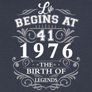Life begins at 41 1976 The birth of legends - Men's V-Neck T-Shirt by Canvas