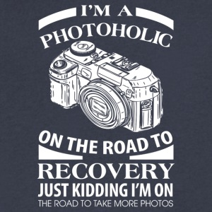 I'm A Photoholic On The Road To Discovery - Men's V-Neck T-Shirt by Canvas