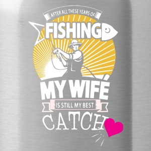 Fisherman Love His Wife Shirt - Water Bottle