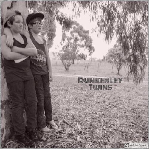 dunkerley twins - Men's Premium T-Shirt