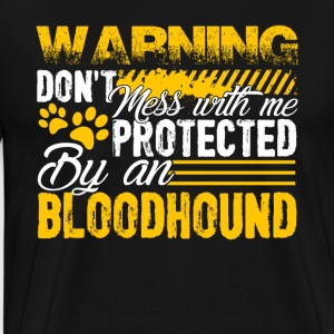 PROTECTED BY BLOODHOUND DOG SHIRT - Men's Premium T-Shirt
