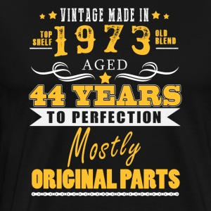 Vintage made in 1973 - 44 years to perfection (v.2017) - Men's Premium T-Shirt