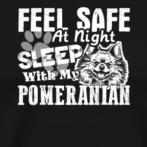 SLEEP WITH MY POMERANIAN TEE SHIRT - Men's Premium T-Shirt