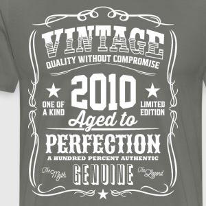 Vintage 2010 Aged to Perfection - Men's Premium T-Shirt