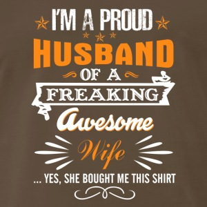 I'm a Proud Husband of a Freaking Awesom - Men's Premium T-Shirt