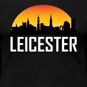 Sunset Skyline Silhouette of Leicester England - Women's Premium T-Shirt