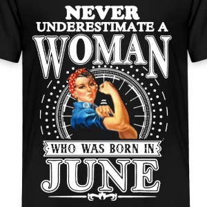 Woman Born In June Shirt - Toddler Premium T-Shirt