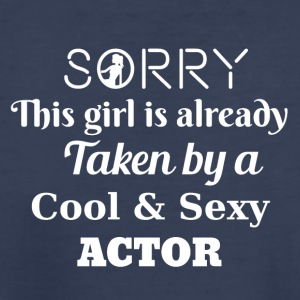 Sorry this girl is taken by an actor - Kids' Premium T-Shirt