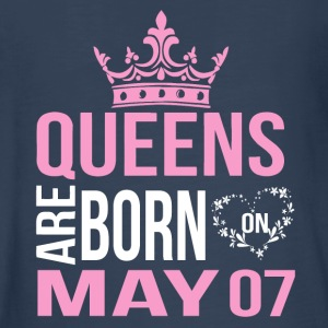 Queens are born on May 07 - Kids' Premium Long Sleeve T-Shirt